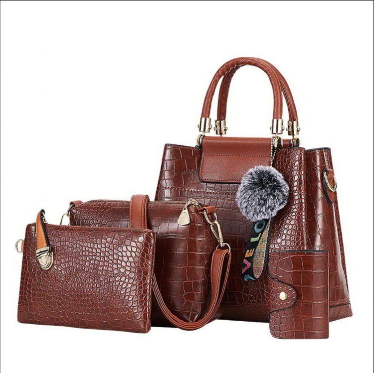 กระเป๋าหนังลาย เซต ราคาถูก หิ้ว ผู้หญิง สะพายข้าง แฟชั่น ใบเล็ก ถือ ตังค์ กระเป๋าที่ดารานิยมใช้ ยอดฮิต กระเป๋าที่กำลังฮิตตอนนี้ 2019 กระเป๋า จระเข้ PU